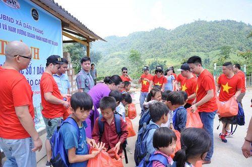 Đoàn thiện nguyện dự án xây dựng trường tiểu học Tà Moong tổ chức lễ khánh thành trước thềm năm học mới - Ảnh 12