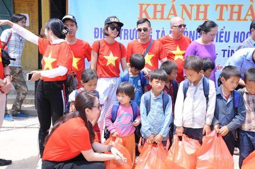 Đoàn thiện nguyện dự án xây dựng trường tiểu học Tà Moong tổ chức lễ khánh thành trước thềm năm học mới - Ảnh 13