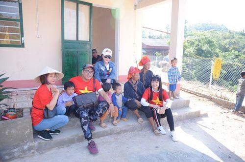 Đoàn thiện nguyện dự án xây dựng trường tiểu học Tà Moong tổ chức lễ khánh thành trước thềm năm học mới - Ảnh 14