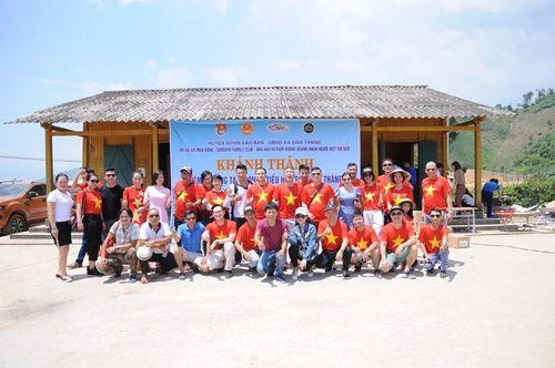 Đoàn thiện nguyện dự án xây dựng trường tiểu học Tà Moong tổ chức lễ khánh thành trước thềm năm học mới - Ảnh 4