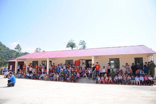 Đoàn thiện nguyện dự án xây dựng trường tiểu học Tà Moong tổ chức lễ khánh thành trước thềm năm học mới - Ảnh 7