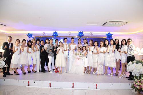Hoa hậu doanh nhân Đàm Hương Thủy mừng sinh nhật cùng với bạn bè thân thiết - Ảnh 9