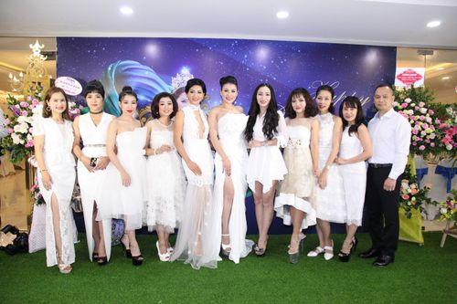 Hoa hậu doanh nhân Đàm Hương Thủy mừng sinh nhật cùng với bạn bè thân thiết - Ảnh 3