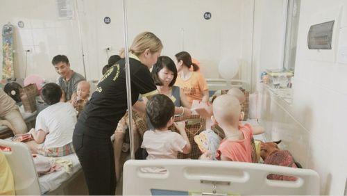 TocoToco đón Trung thu cùng các trẻ em tại khoa Nhi bệnh viện K Tân Triều - Ảnh 7