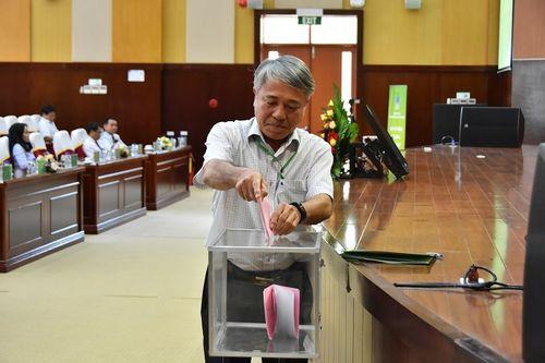Ông Nguyễn Tiến Vinh được bầu làm Chủ tịch HĐQT, ông Lê Cự Tân làm Tổng giám đốc PVFCCo - Ảnh 3