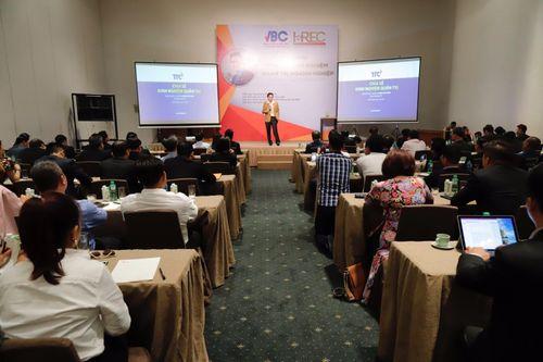 """Hơn 200 lãnh đạo cộng đồng doanh nhân cùng tham gia Hội thảo """"Chia sẻ kinh nghiệm quản trị doanh nghiệp""""  - Ảnh 3"""