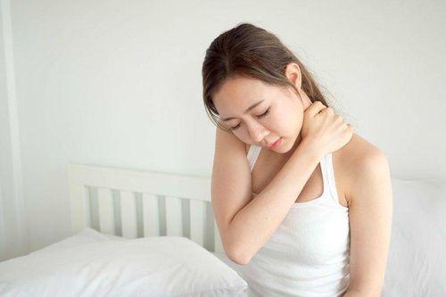 Dấu hiệu bệnh đau dây thần kinh vai gáy và phương pháp điều trị hiệu quả - Ảnh 1