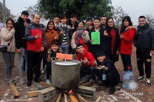 Tấm bánh nghĩa tình ĐH Đại Nam mùa 8: Hoàn thiện nhân cách cho sinh viên từ những hoạt động thiện nguyện - Ảnh 12