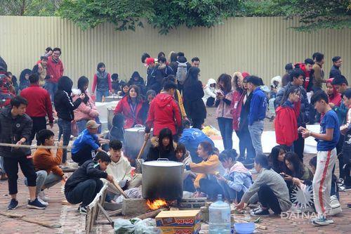 Tấm bánh nghĩa tình ĐH Đại Nam mùa 8: Hoàn thiện nhân cách cho sinh viên từ những hoạt động thiện nguyện - Ảnh 3
