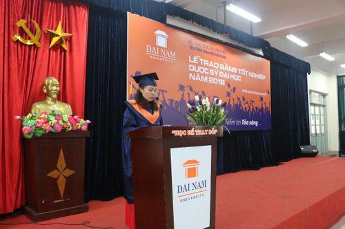 ĐH Đại Nam trao bằng Dược sĩ đại học cho gần 200 học viên liên thông - Ảnh 4