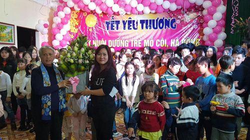 Cô giáo thanh nhạc Nguyễn Linh Thúy - Tấm lòng nhân ái vì cộng đồng - Ảnh 3