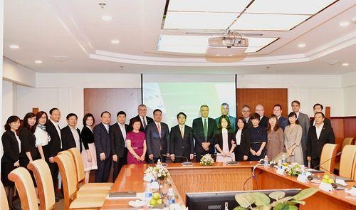"""Vietcombank tổ chức lễ khởi động dự án """"Chuyển đổi mô hình ngân hàng bán lẻ"""" - Ảnh 2"""
