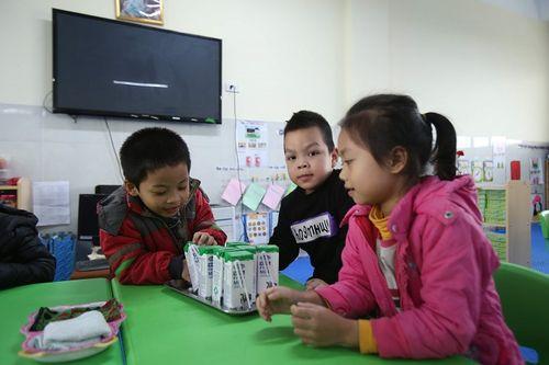 Nhiều tín hiệu tích cực sau 2 tháng triển khai Chương trình Sữa học đường Hà Nội - Ảnh 2