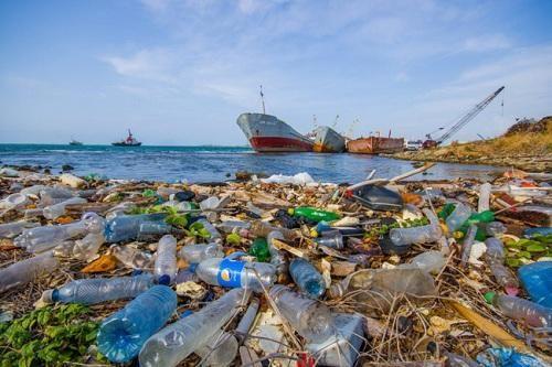 Rác thải nhựa đang tấn công đại dương và nguy cơ của ngành du lịch - Ảnh 1