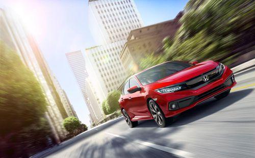 Đến Honda Ôtô Gia Lai, cảm nhận ngay Civic 2019: 3 biến thể, thêm công nghệ, đổi thiết kế - Ảnh 1