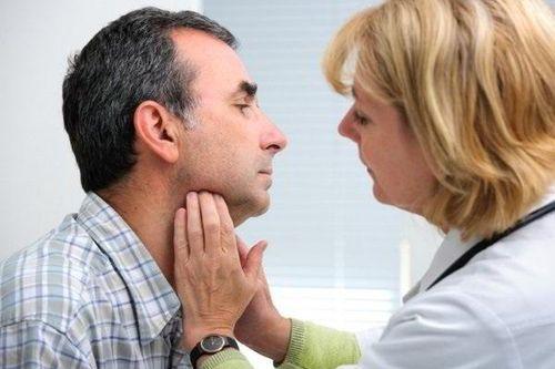 Khi nào cần đi xét nghiệm ung thư thư vòm họng? Lời giải đáp từ bác sĩ  - Ảnh 1