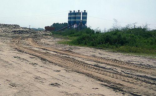 Hà Nội: Trạm trộn bê tông trên đất nông nghiệp gây ô nhiễm môi trường? - Ảnh 7