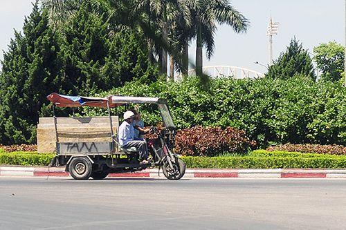 Xe ba gác, tự chế tung hoành trên mọi nẻo đường Hà Nội - Ảnh 7
