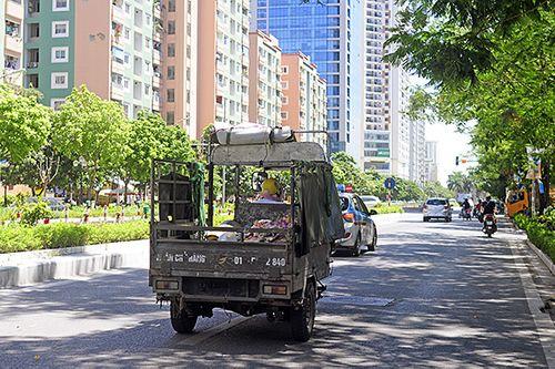 Xe ba gác, tự chế tung hoành trên mọi nẻo đường Hà Nội - Ảnh 5
