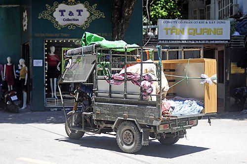 Xe ba gác, tự chế tung hoành trên mọi nẻo đường Hà Nội - Ảnh 10