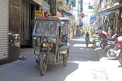 Xe ba gác, tự chế tung hoành trên mọi nẻo đường Hà Nội - Ảnh 3