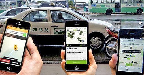 Khốc liệt cuộc chiến taxi công nghệ, người dùng hưởng lợi - Ảnh 1