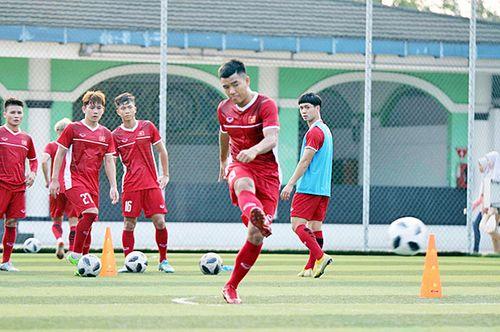 Olympic Việt Nam luyện đá penalty quyết đấu Nhật Bản - Ảnh 1