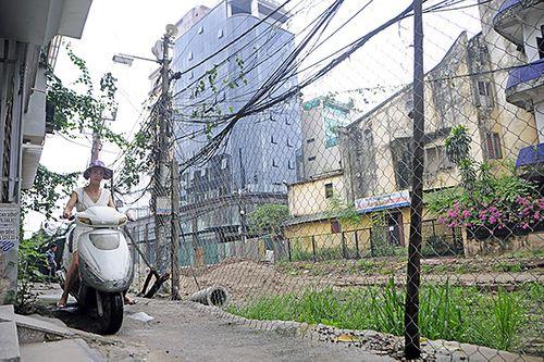 Hà Nội: Cận cảnh dự án 1,6km đường mương đầu tư 740 tỷ đồng, 10 năm vẫn chưa xong - Ảnh 6