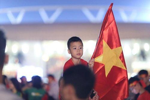 SVĐ Mỹ Đình đỏ rực trước bán kết lượt về Việt Nam - Philippines - Ảnh 4