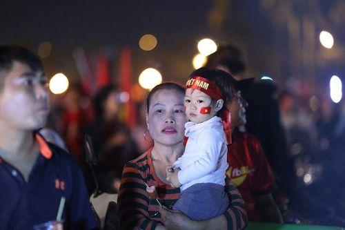 SVĐ Mỹ Đình đỏ rực trước bán kết lượt về Việt Nam - Philippines - Ảnh 5