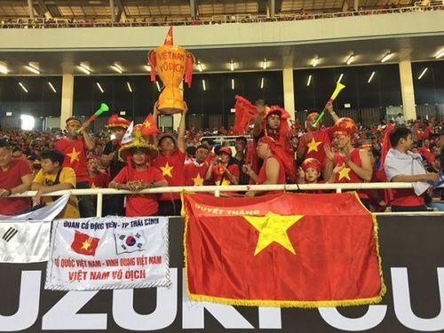 SVĐ Mỹ Đình đỏ rực trước bán kết lượt về Việt Nam - Philippines - Ảnh 7