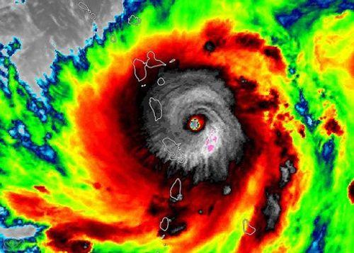 Việt Nam có thể phải chịu ảnh hưởng 1 - 2 cơn bão trong tháng 8 - Ảnh 1