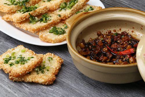 Cách làm món kho quẹt cho mâm cơm ngày mưa thêm ấm cúng - Ảnh 3