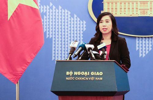Bộ Ngoại giao lên tiếng việc doanh nghiệp tại Bình Dương treo cờ Đài Loan - Ảnh 1
