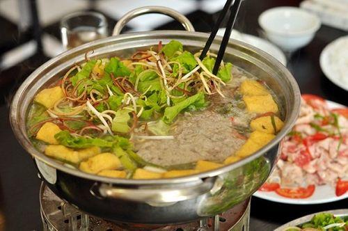 Món ngon mỗi ngày: Lẩu riêu cua sườn sụn cho cả nhà sum họp ngày 2/9 - Ảnh 1