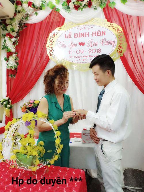 Chú rể 26 tuổi tiết lộ chuyện bất ngờ trước ngày rước cô dâu 61 tuổi về dinh - Ảnh 1