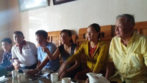 Hàng chục hộ dân bị cắt điện vì bình luận trên facebook - Ảnh 2