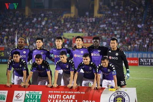 Đánh bại SLNA, Hà Nội FC vô địch sớm nhất lịch sử V.League - Ảnh 1