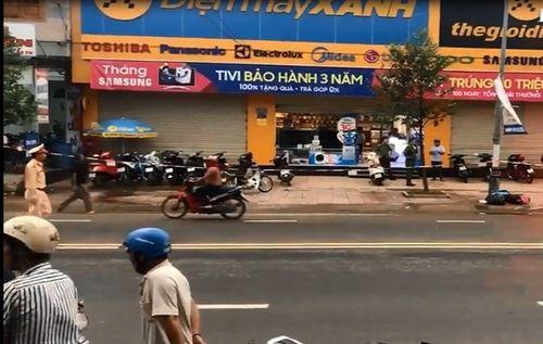 Điều tra vụ bảo vệ đâm chết nữ quản lý siêu thị Điện máy Xanh - Ảnh 1