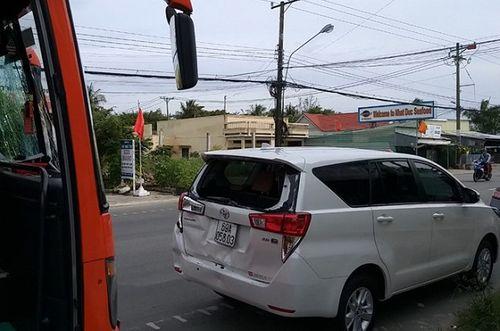 """""""Thót tim"""" cú tông xe liên hoàn trên quốc lộ 1A trong ngày nghỉ lễ cuối cùng - Ảnh 1"""