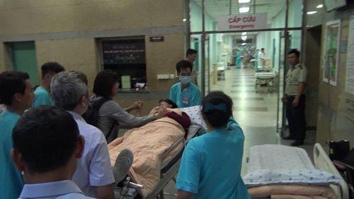Về đến Việt Nam, hai mẹ con du khách vụ đánh bom tại Ai Cập vẫn hoảng loạn - Ảnh 2