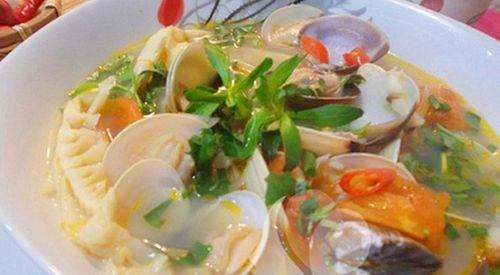 Món ngon mỗi ngày: Canh ngao nấu măng chua nóng hổi - Ảnh 1