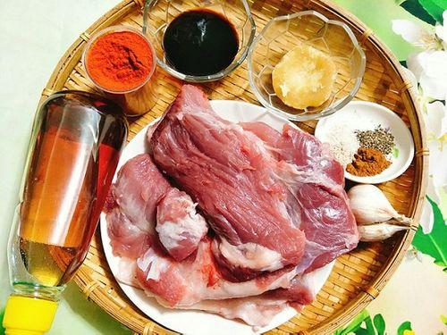 Món ngon mỗi ngày: Cách làm thịt xá xíu thơm nức mũi - Ảnh 2