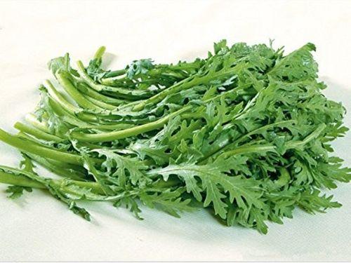 Món ngon mỗi ngày: Canh cải cúc nấu thịt băm thơm ngon  - Ảnh 1