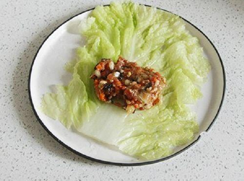Món ngon mỗi ngày: Cải thảo gói tôm thịt ngọt thơm - Ảnh 2