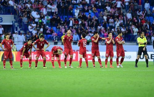 """Việt Nam là đội giành """"vé vớt"""" duy nhất không gục ngã, bước vào tứ kết Asian Cup 2019 - Ảnh 1"""