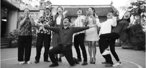 """NSND Trung Hiếu lên tiếng sau đám cưới với vợ 9X xinh đẹp """"Chúng tôi không có đêm tân hôn""""! - Ảnh 2"""