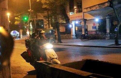 """Hành trình theo chân những """"người vô gia cư"""" đi xe máy, ô tô, ở nhà tầng - Ảnh 4"""
