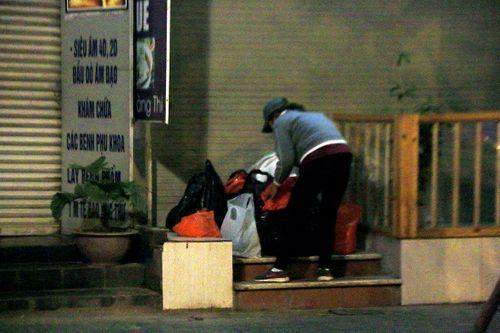 """Hành trình theo chân những """"người vô gia cư"""" đi xe máy, ô tô, ở nhà tầng - Ảnh 1"""