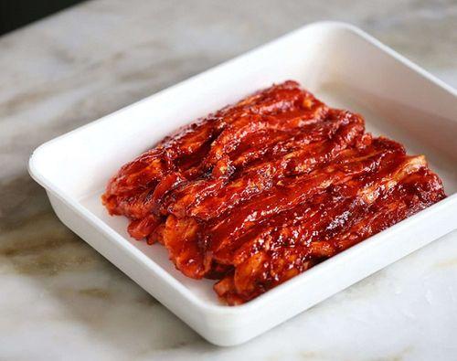 Món ngon mỗi ngày: Học người Hàn làm thịt áp chảo đổi vị cho ngày lạnh - Ảnh 3